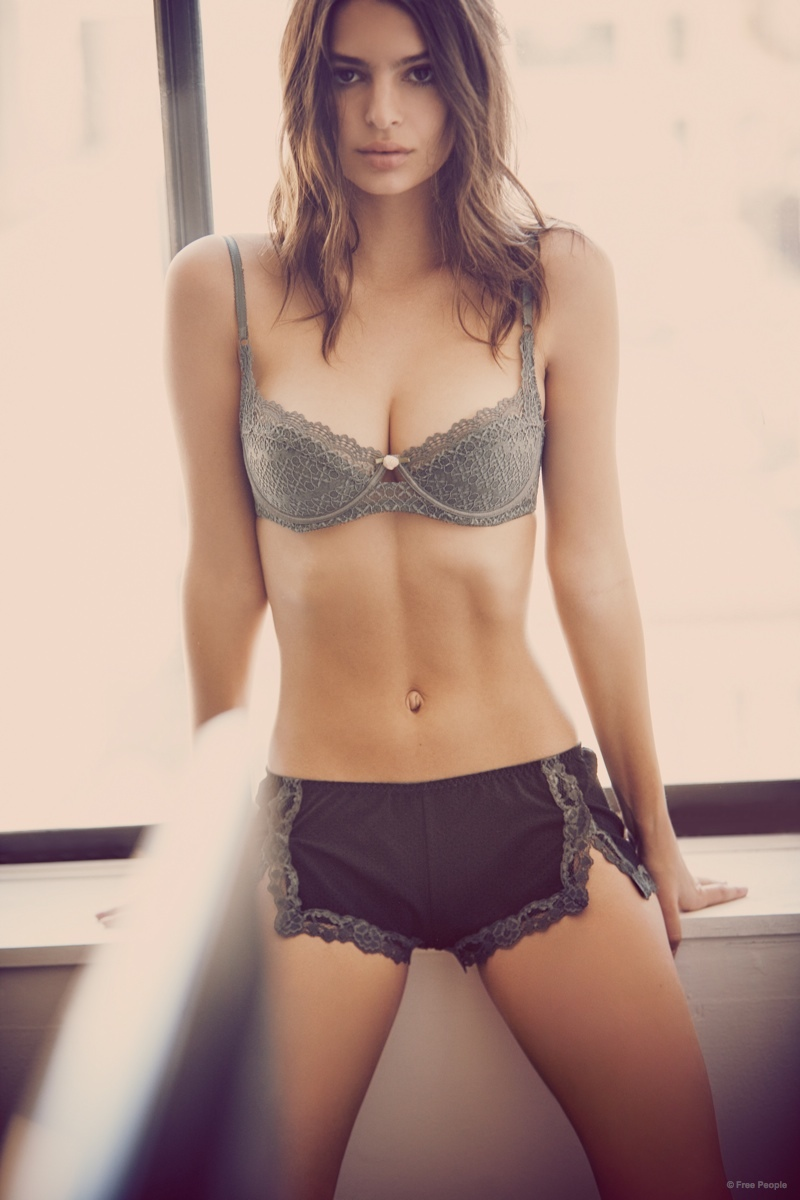 Emily Ratajkowski Underwear Free People Pictures08