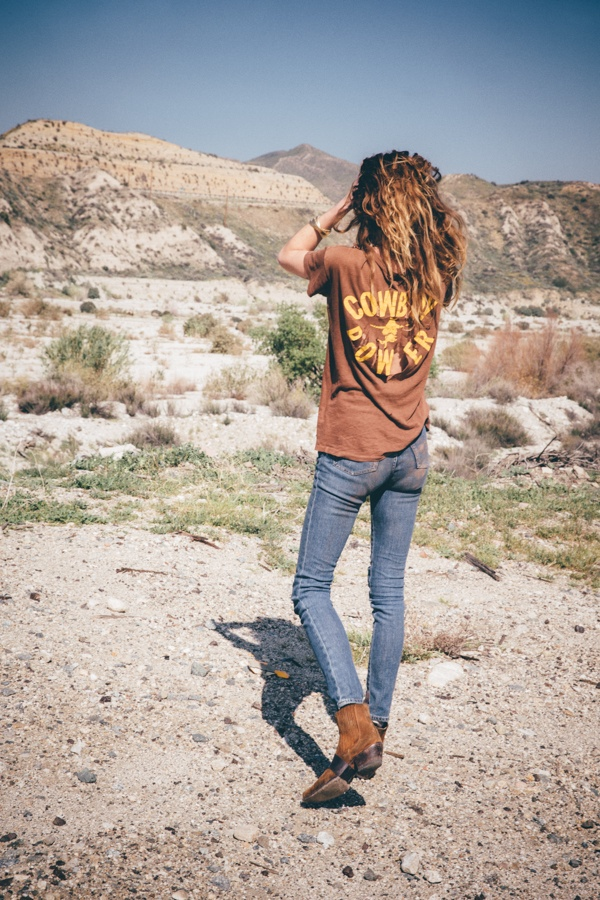 In the images, Erin takes a road trip against the backdrop of the California highways.