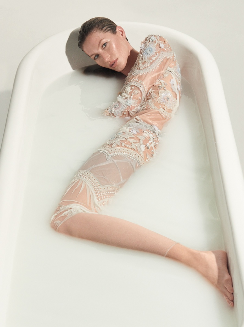 Gisele Bundchen Goes Naked for Vogue Brazil Cover