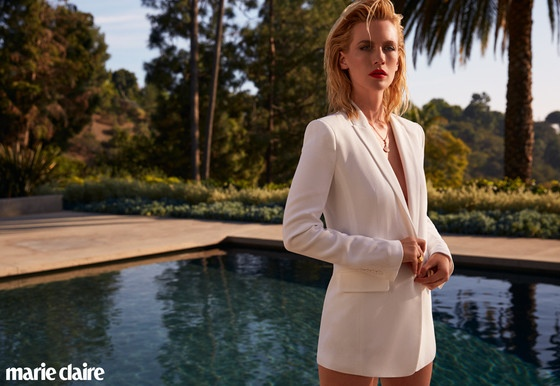The 'Mad Men' star talks about using placenta pills.