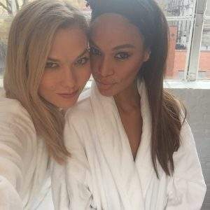 Watch: Karlie Kloss & Joan Smalls Lip Sync Spice Girls & Beyonce