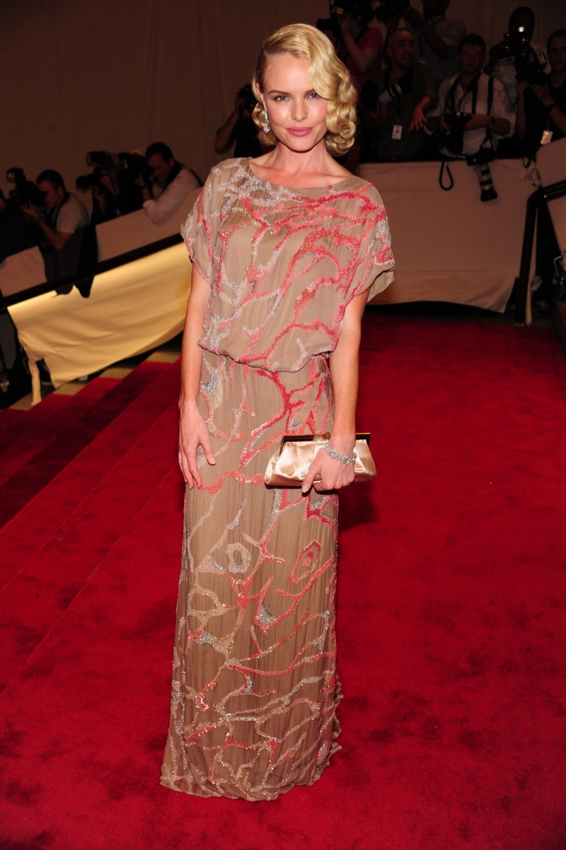 Actress Kate Bosworth looked retro chic in a Valentino Couture gown at the 2010 Met Gala held in New York. Photo: Everett Collection / Shutterstock.com