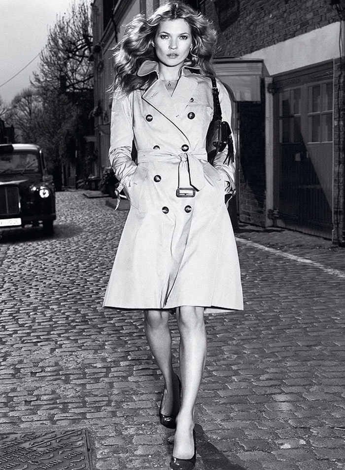 Kate Moss wears trench coat in Burberry 2005 fall-winter campaign