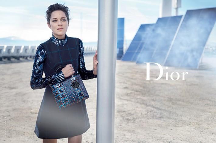 marion-cotillard-blue-bag-lady-dior