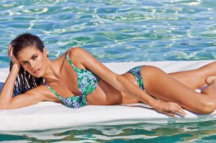 sara-sampaio-calzedonia-bikinis-2015-04