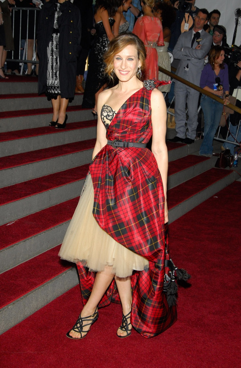 Sarah Jessica Parker wore a tartan and tulle-filled Alexander McQueen dress at the AngloMania themed Met Gala in 2006. Photo: Everett Collection / Shutterstock.com