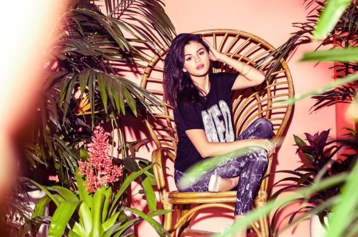 selena-gomez-adidas-neo-summer-2015-clothing04