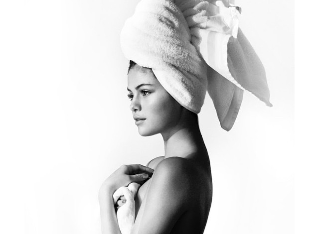 selena-gomez-towel-series