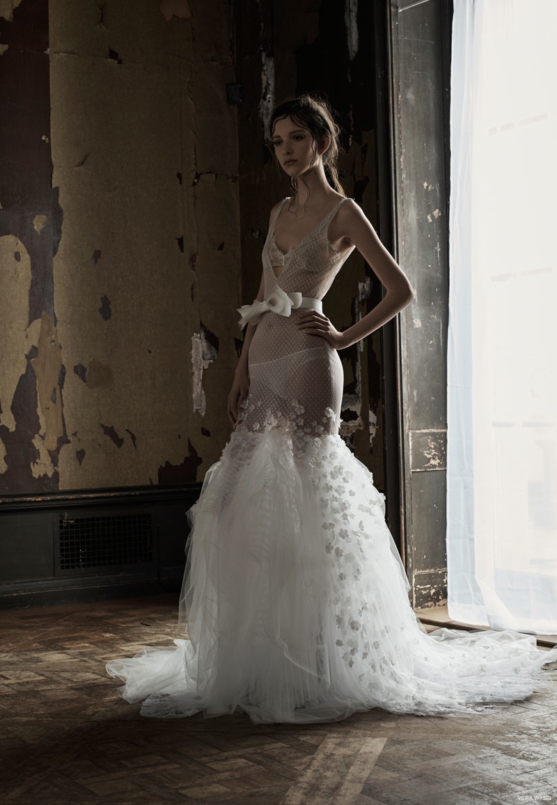 Vera wang wedding dresses spring 2016 10 for Vera wang used wedding dress