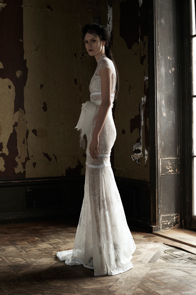 Vera wang spring 2016 wedding dresses for Vera wang used wedding dress