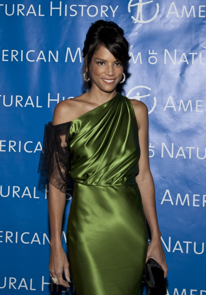 Veronica Webb was the first black model to land a major beauty contract. Photo: lev radin / Shutterstock.com