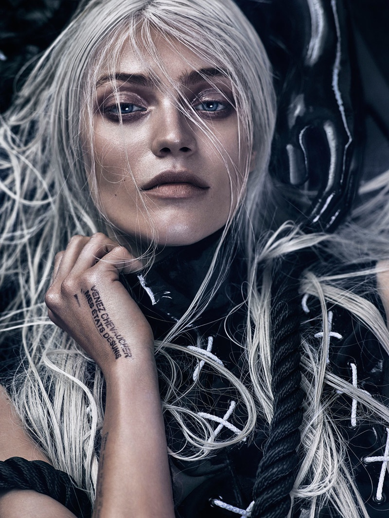 The Polish model wears silver hair for the fashion editorial