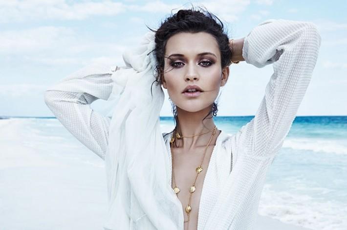 Chloe-Lecareux-Beach-Editorial04