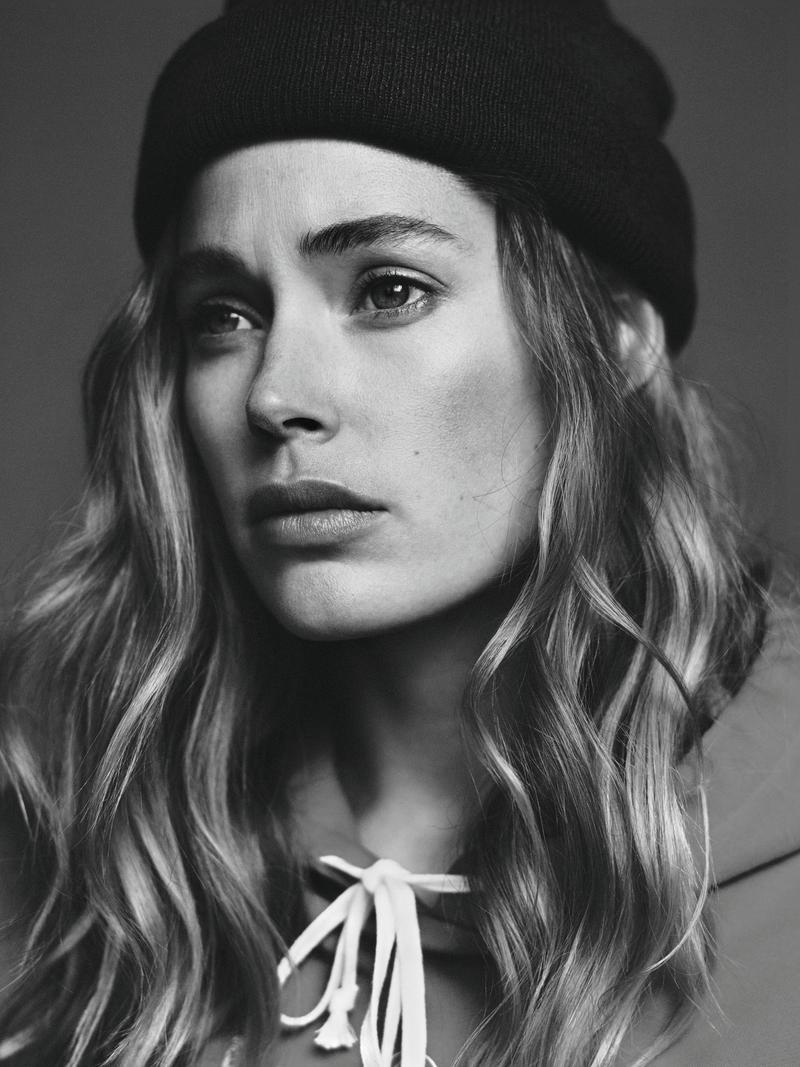 Doutzen dons a beanie in this closeup shot