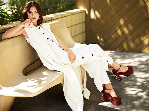 Emily Ratajkowski Stars in The Editorialist, Wants to Play a Role That Isn't About Being Pretty