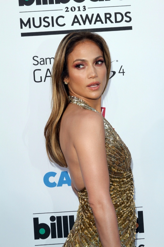 Lopez showed off her signature bronde hair color at the 2013 Billboard Music Awards. Photo: s_buckley / Shutterstock.com