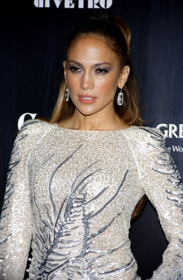 In 2011, Jennifer Lopez donned a high and slicked back ponytail. Photo: Tinseltown / Shutterstock.com