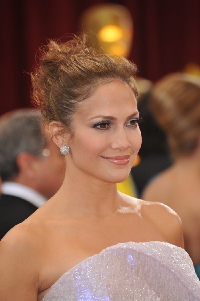 Admirable Jennifer Lopez Messy Updo Hairstyle Brown Short Hairstyles Gunalazisus