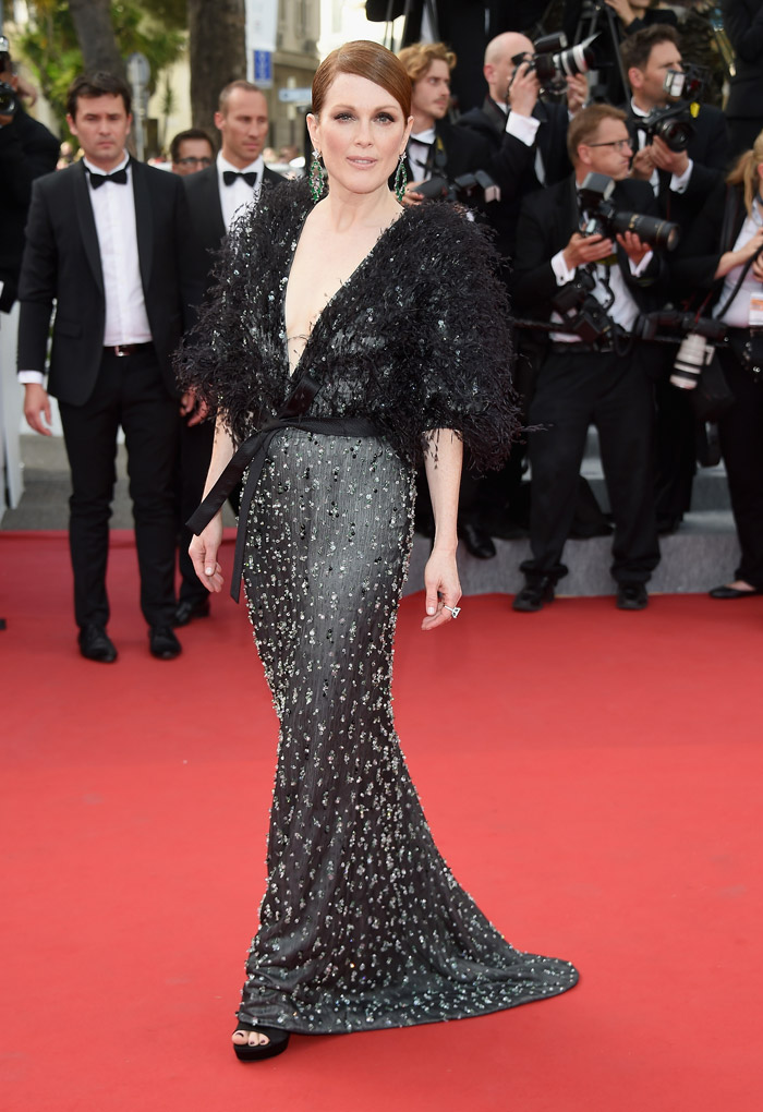 Julianne Moore Goes Dark in Armani at Cannes' Opening Ceremony