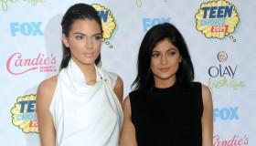 Kendall & Kylie Jenner. Photo: DFree / Shutterstock.com