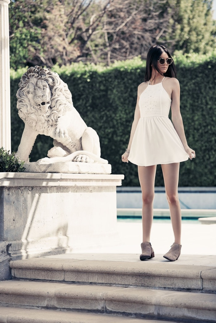Kendall looks gorgeous in a little white dress
