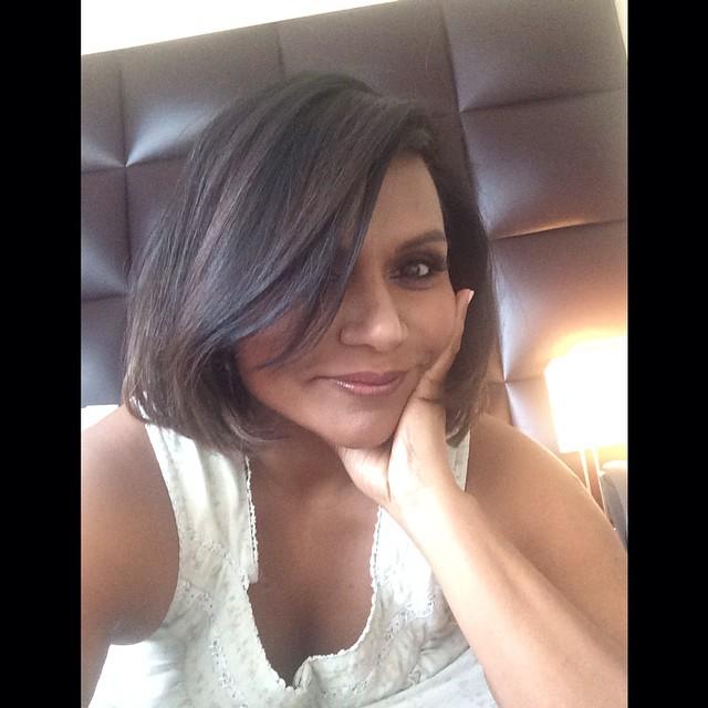 Mindy Kaling Shows Off New Bob Haircut See The Photos