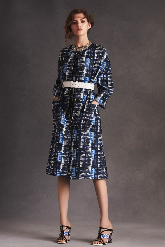 Oscar de La Renta Brings Ladylike Style to Resort Season