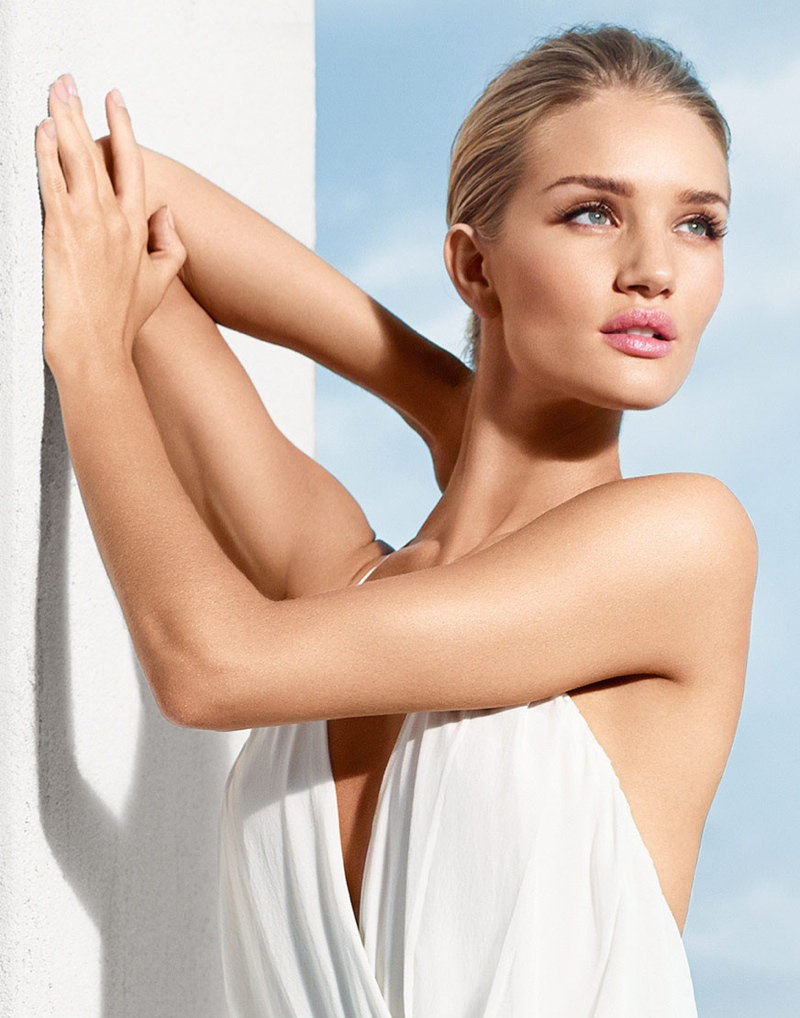 Rosie Huntington-Whiteley radiates in new Moroccanoil campaign for ... Rosie Huntington Whiteley