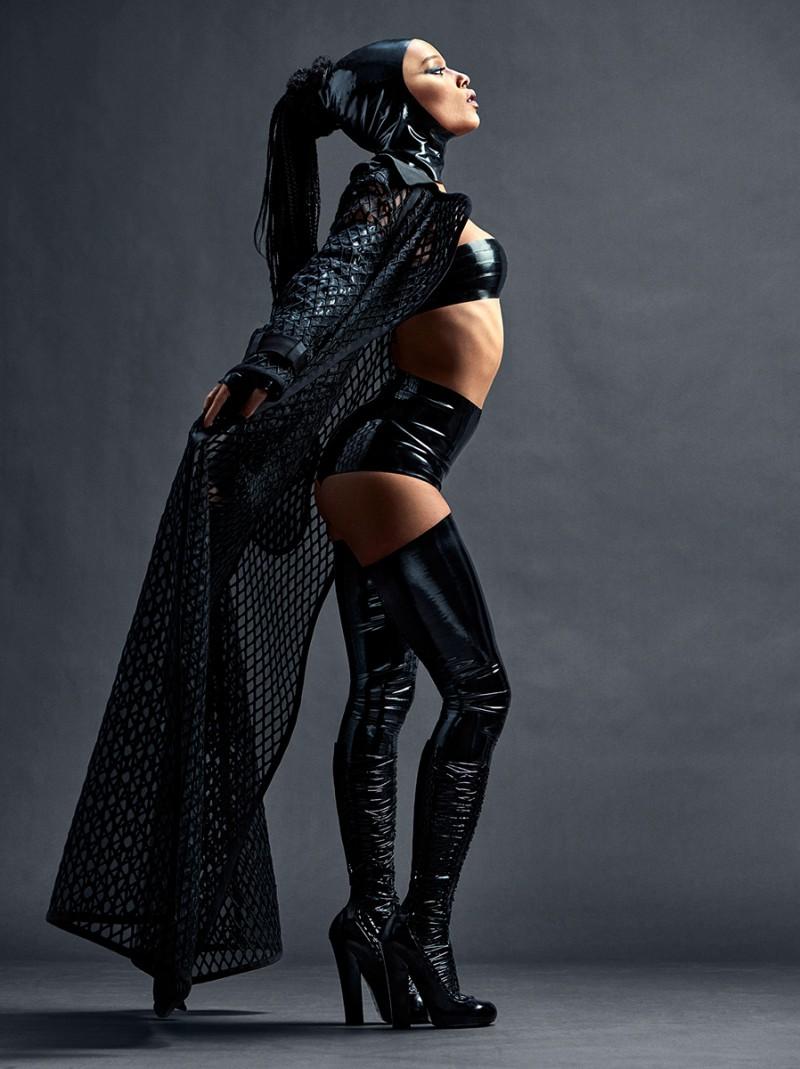 Zoe Kravitz goes bondage style for Complex
