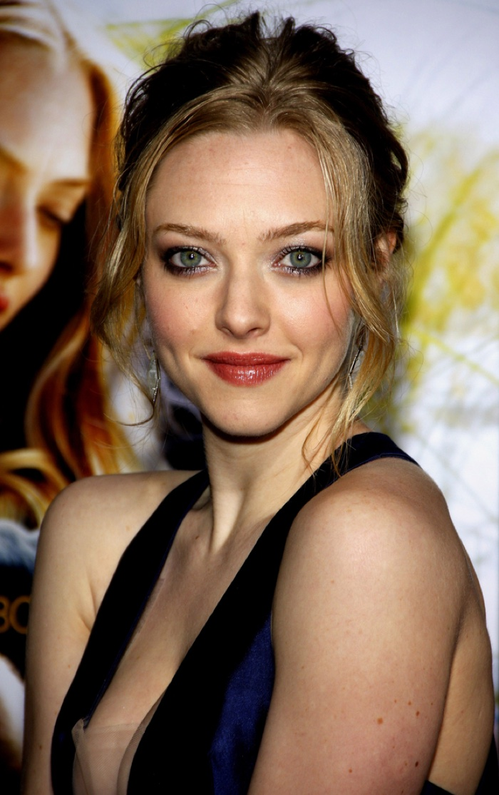 Amanda Seyfried Hair Color: 12 Amanda Seyfried Hairstyles Amanda Seyfried