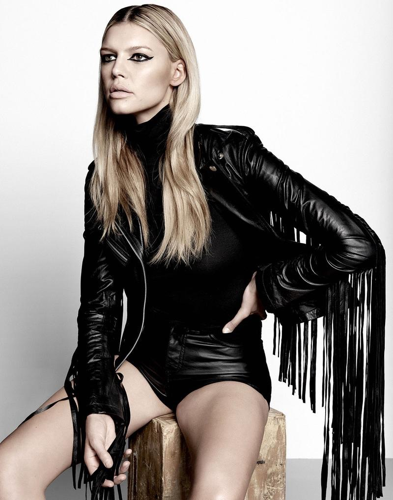 The blonde beauty gets edgy in rock and roll inspired style