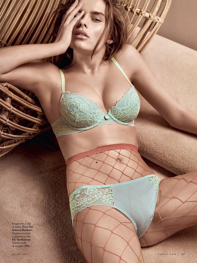 Two times blue: Solveig wears a matching underwear set for the editorial