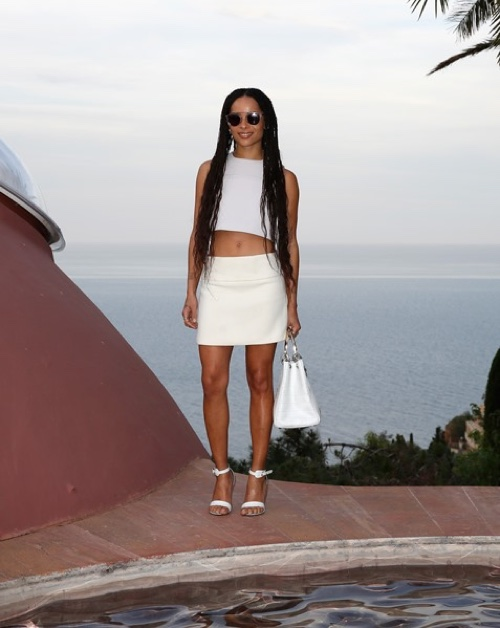 Zoe Kravitz in a Dior Haute Couture pale grey wool top and off white wool skirt. Photo: Getty Images
