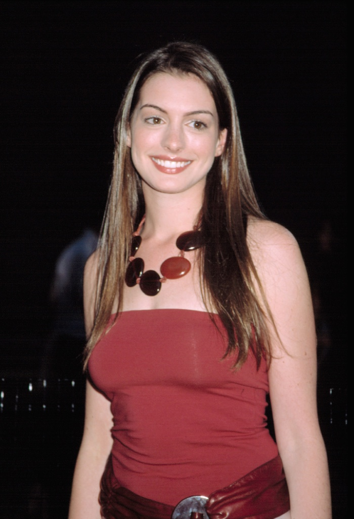 Anne Hathaway Long Straight Hair anne hathaway hairstyles : short ...