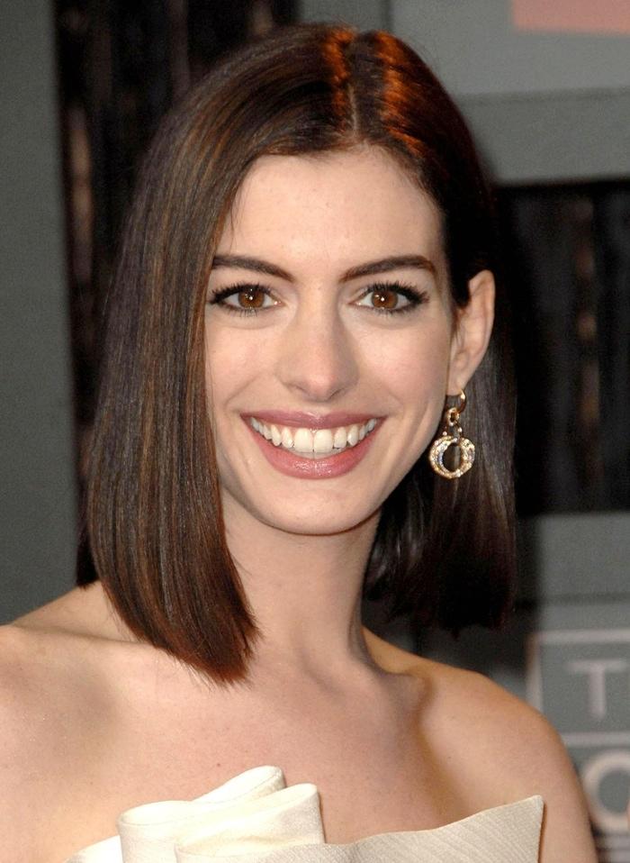 medium lenght hair styles for 2009