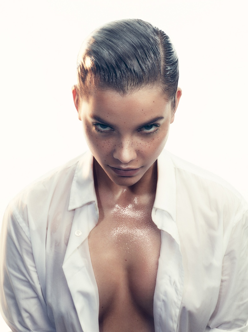 Barbara sports a wet and slicked back hairstyle