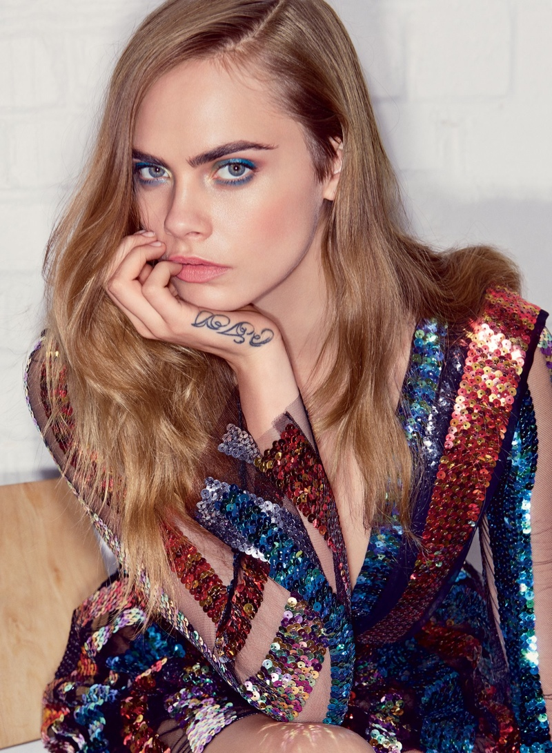 Cara Delevingne Lands Vogue Cover Story, Talks St. Vincent Relationship