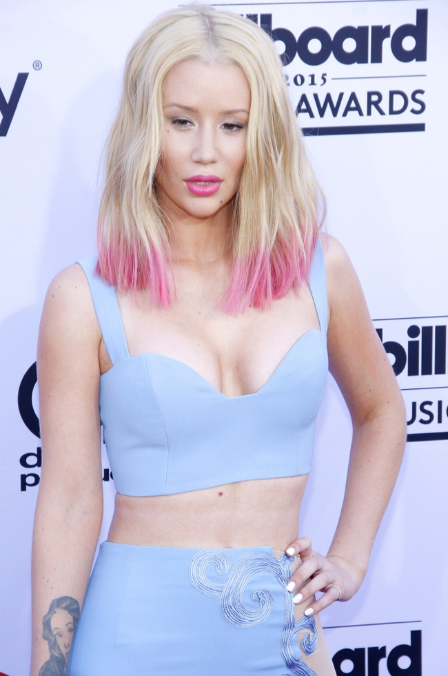 Iggy Azalea Gets Engaged, See the $500,000 Ring!