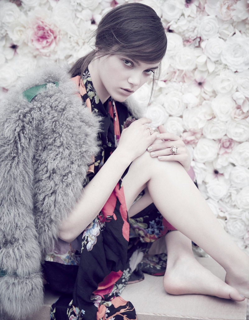 Jenna Earle Models Striking Florals for ELLE Malaysia