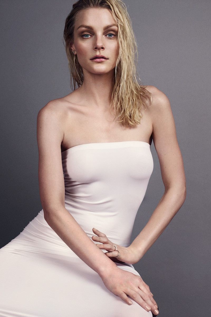Jessica models a strapless dress