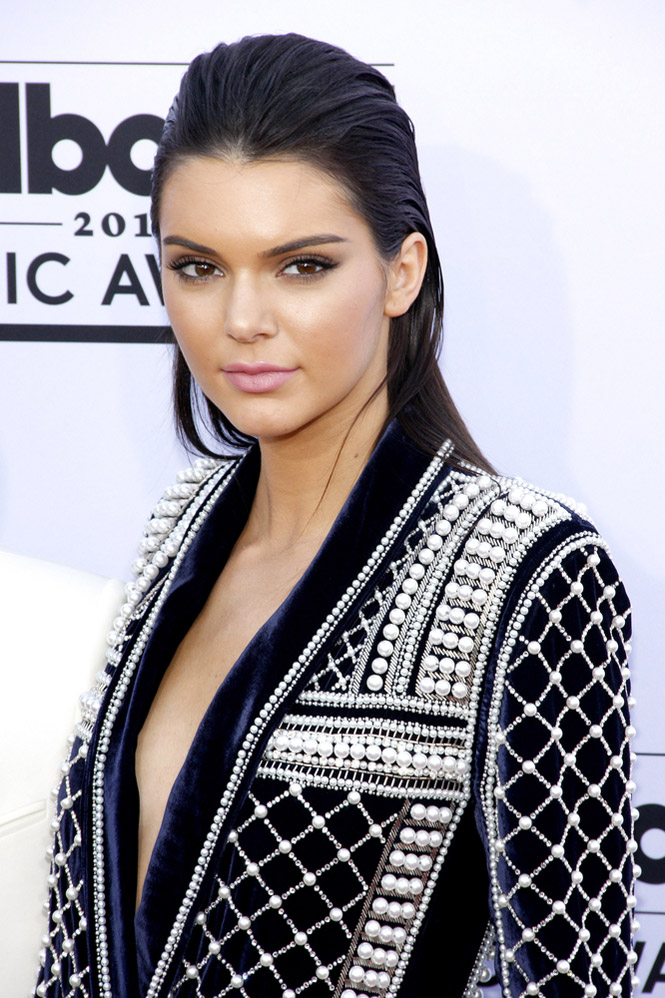 See Which Photo Got Kendall Jenner the Most-Liked Instagram of All Time