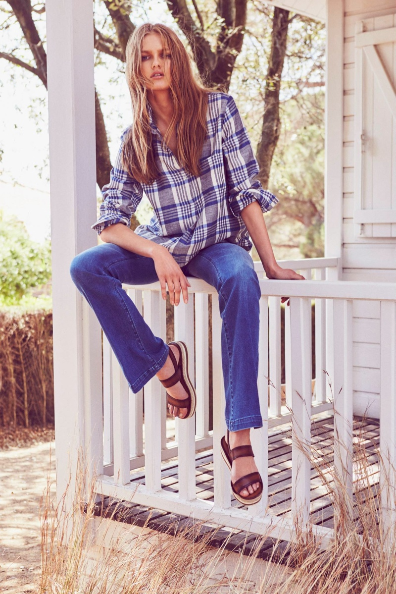 Aneta Pajak Wears Relaxed Style in Massimo Dutti's June Lookbook
