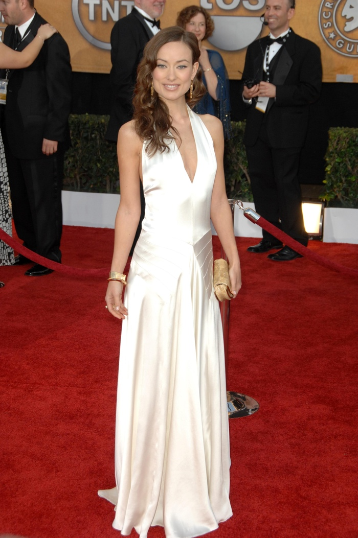 Olivia Wilde kept it simple in a white Ralph Lauren Collection gown at the 2009 SAG Awards. Photo: s_buckley / shutterstock.com