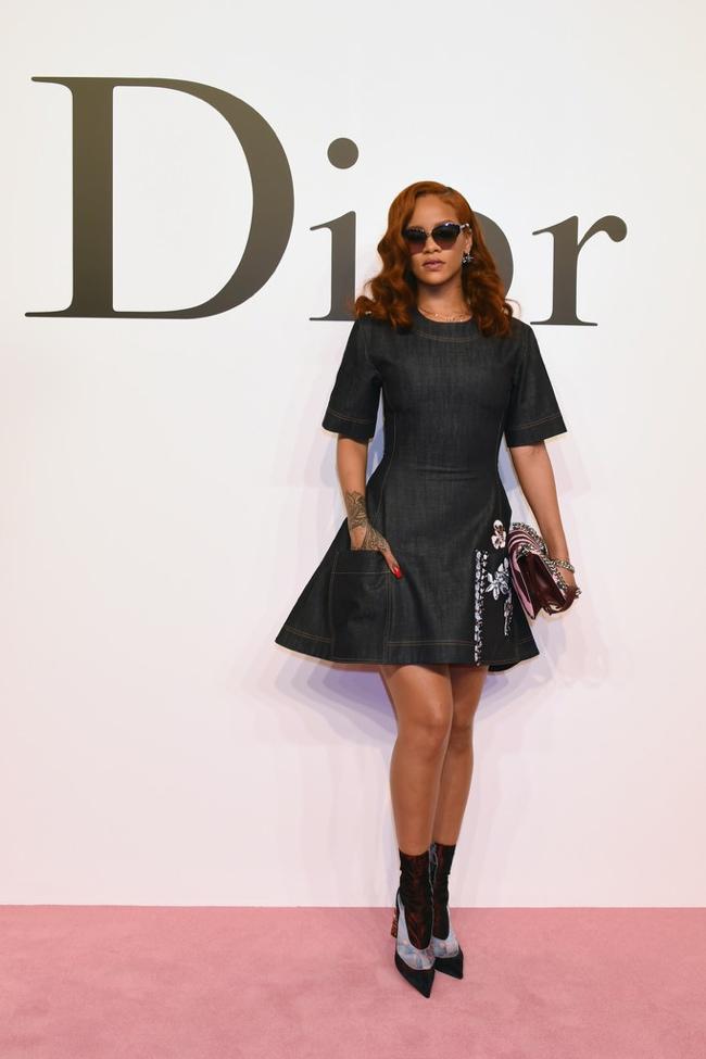 Rihanna Wears Dior Denim While in Tokyo