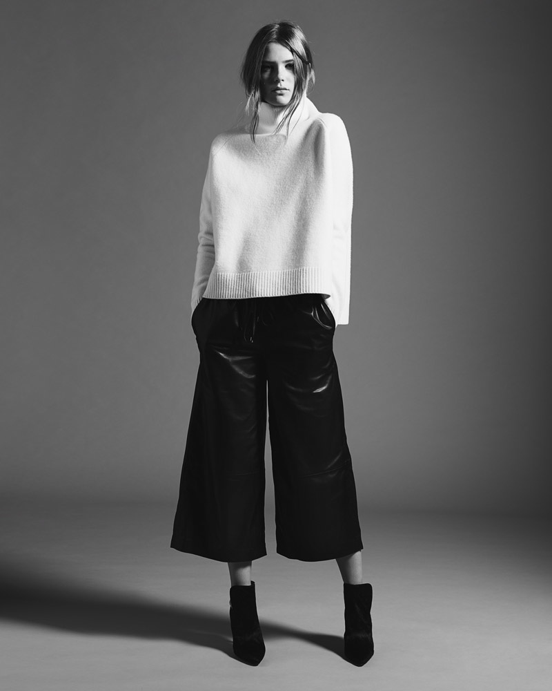 Caroline models an oversized turtleneck with culottes