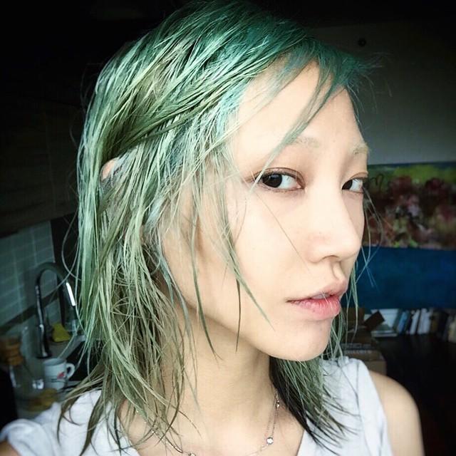 Soo Joo Park unveiled her new blue hair on Instagram