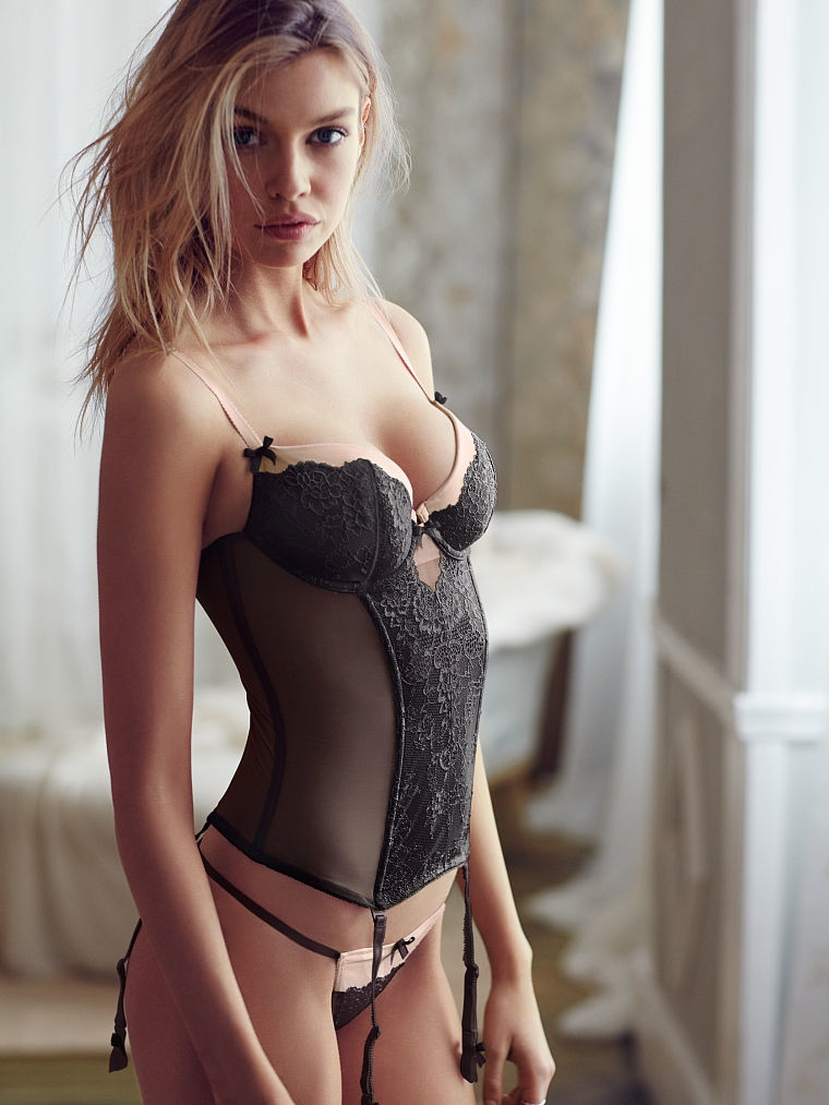 Angel Stella Maxwell Turns Up the Heat in New Victoria's Secret Images