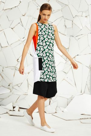 Stella McCartney Embraces Florals, Lace for Resort