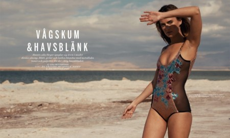 Yana-Karpova-Swimsuit-Model01