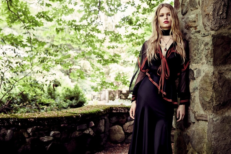 Anna Ewers Looks Ready for Fall in August Cover Story of Vogue China